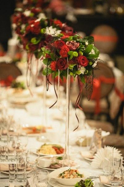Оформление столов цветами
